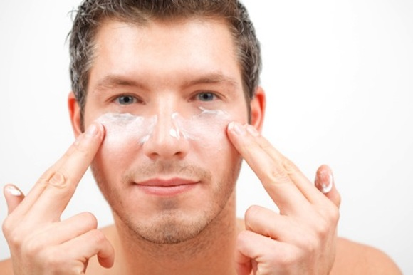 How To Get Rid Of Puffy Bags Under Eyes Naturally
