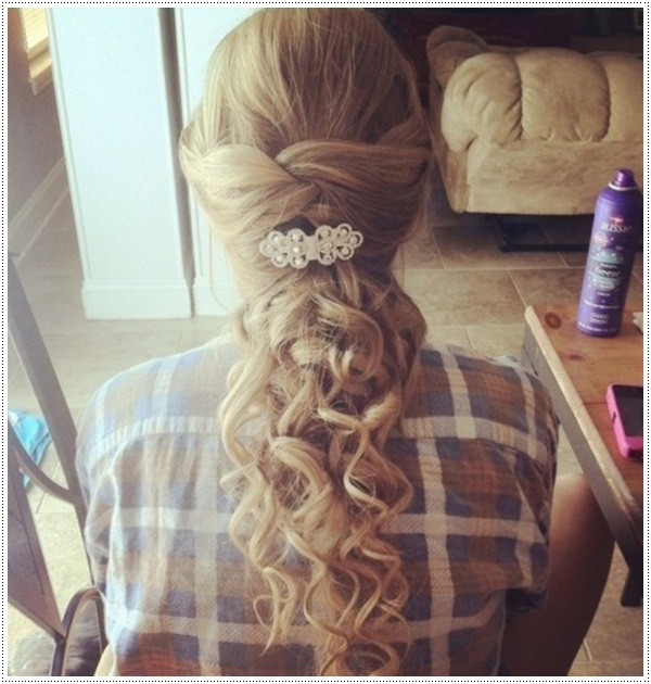 Tremendous 30 Amazing Prom Hairstyles Amp Ideas Hairstyle Inspiration Daily Dogsangcom