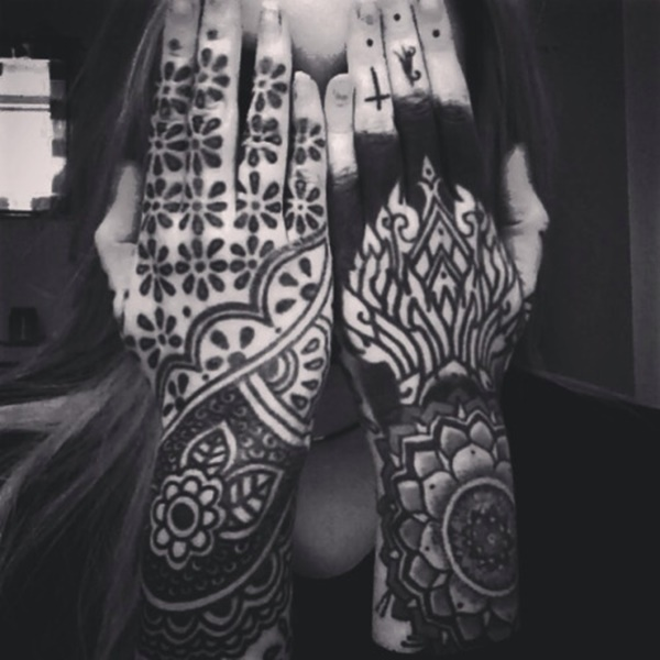 101 awesome hand tattoos that will inspire you to get inked. Black Bedroom Furniture Sets. Home Design Ideas