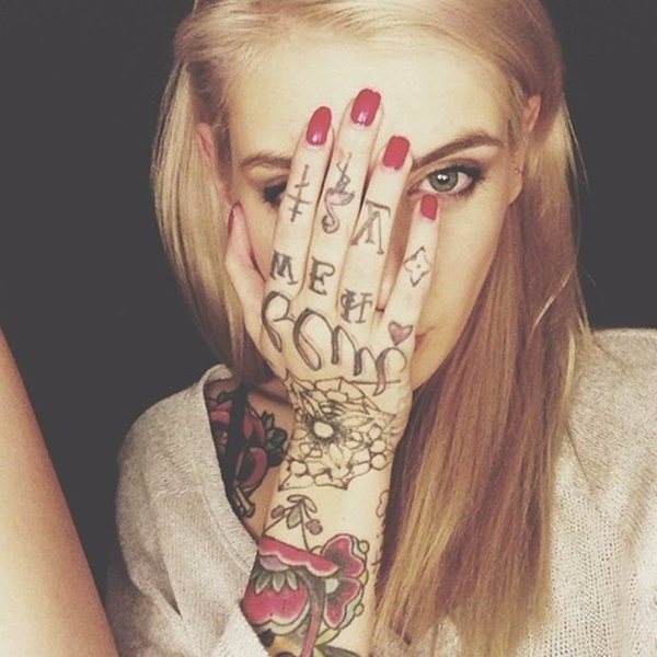 hand tattoo ideas (62)