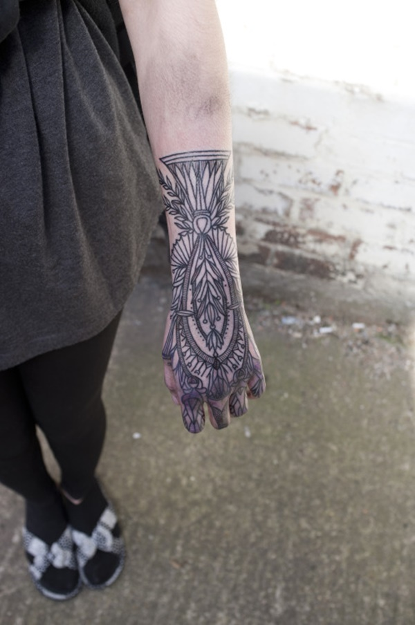 hand tattoo ideas (97)