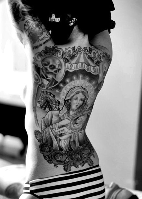 hot women with tattoos (13)