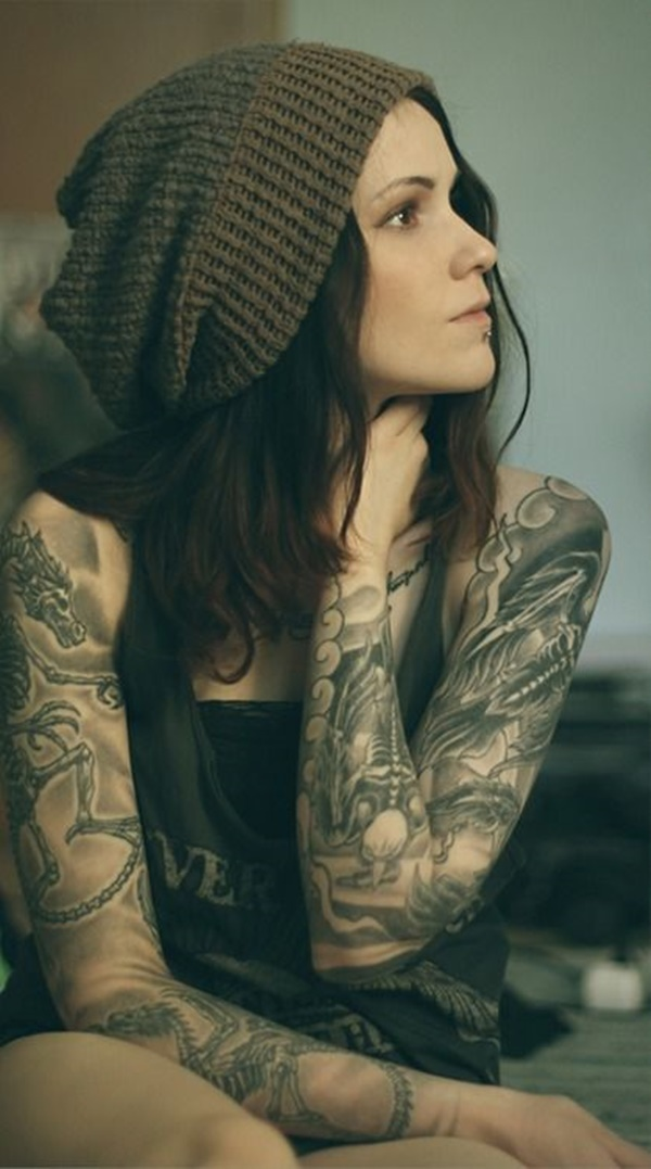 hot women with tattoos (61)