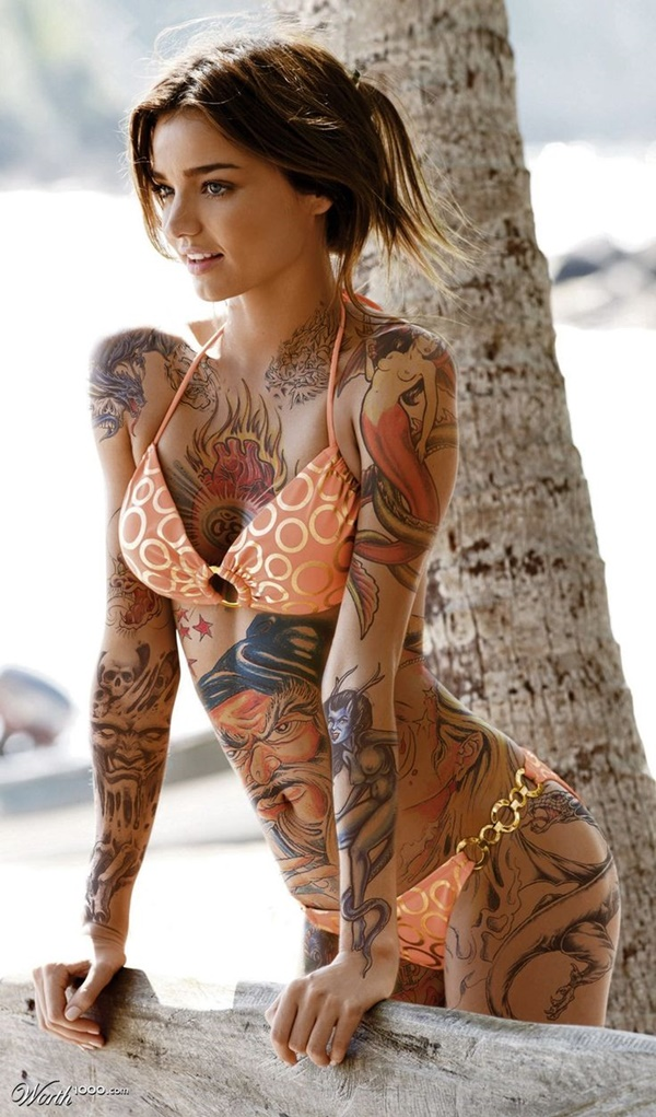 hot women with tattoos (71)