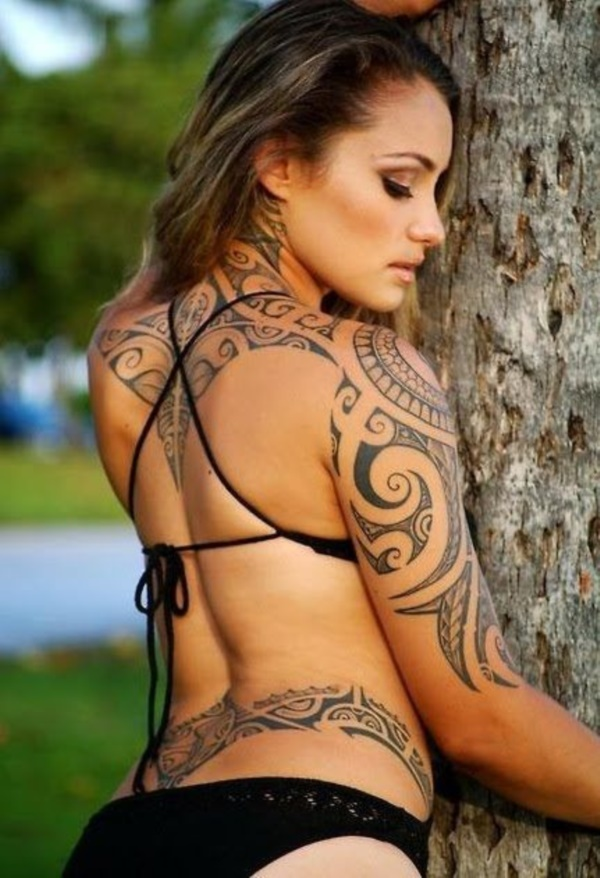 ladies back tattoos (1)