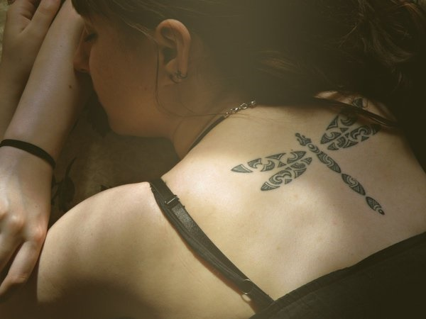 ladies back tattoos (65)