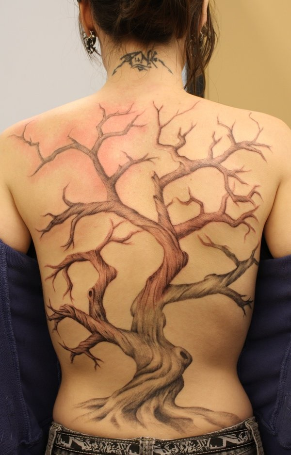 ladies back tattoos (71)