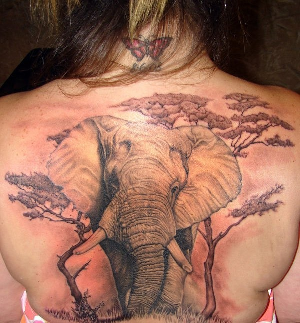 ladies back tattoos (85)