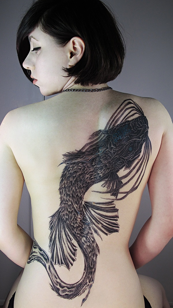 ladies back tattoos (91)